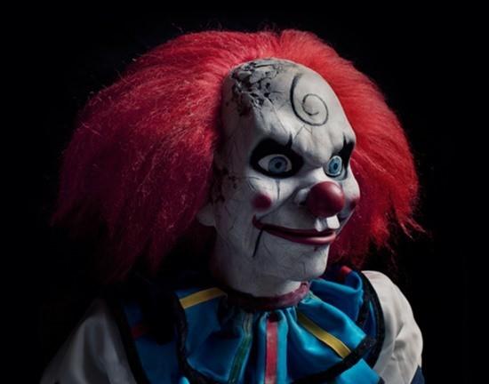 Клоун-убийца кукла картинка