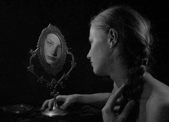 По ту сторону зеркала страшилка картинка