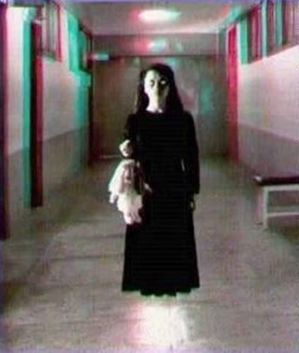 призрак девочки фото