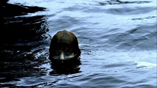 Лицо в воде страшилка