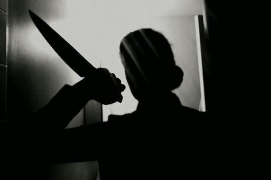 Пиковая дама с ножом картинка