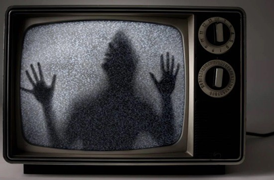 Телевизионные помехи страшилка картинка