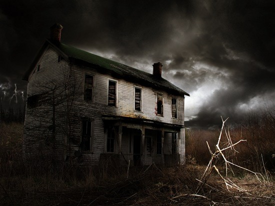 старый страшный дом картинка