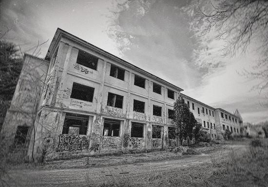 заброшенная школа фото