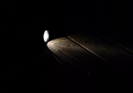 ночь тьма фонарь