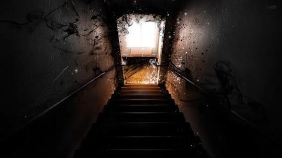 Темнота, подвал и зеркало