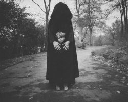 Детские кошмары – страшные фото (2)