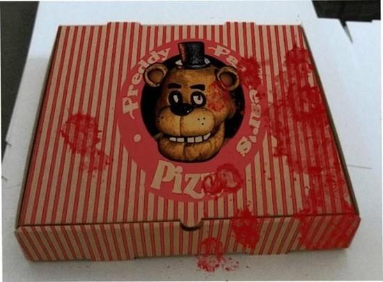 Пиццерия - страшная пицца